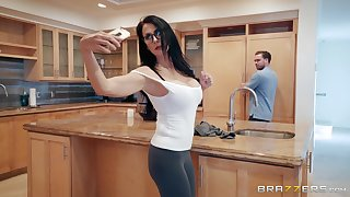 Hardcore kitchen blowjob and a facial with murky MILF Reagan Foxx