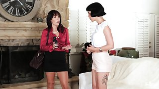 Mature MILF lesbians Alana Cruise and Olive Glass  satisfy each second choice