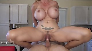 Brooke Tyler-Mom Fucks In Make an issue of Kitchen (cum load On Juggs Finish) Brooke Tyler