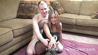 Blonde mature MILF made a sex tape nearly her nerdy husband