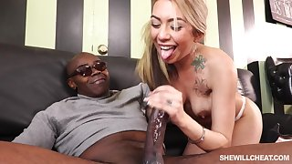 Big Chief On Husband With Giant Black Prick - ANALDIN