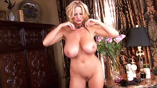 Kelly Madison enjoys making her stunning body horny